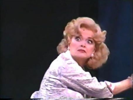 Linda Hart  in 'Hairspray'