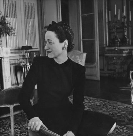 Duchess of Windsor - In their apartment in Paris, 1946.