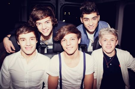 One Direction is rumored to be performing at the Closing Ceremony of the 2012 Olympic Games. The games are being held in London and begin on July 27